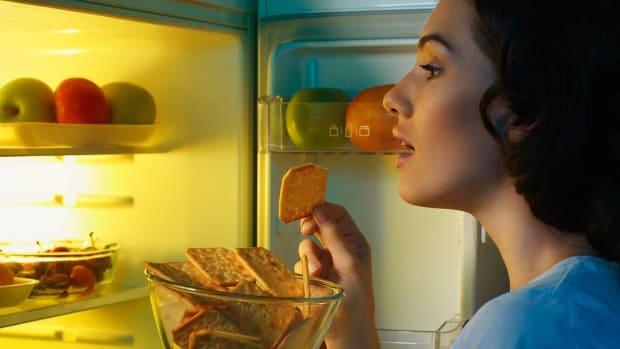 ZI. How to Stop Binge Eating at Night Promo Image