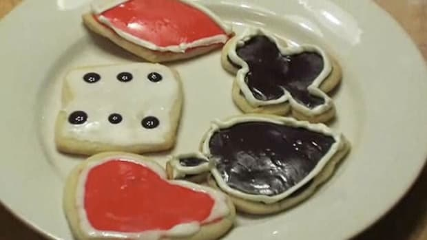 B. How to Decorate Cookies for a Casino Party Promo Image