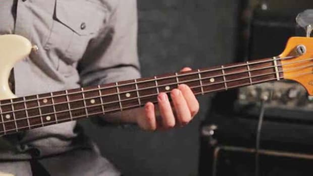 ZZZD. How to Play a B Major Triad on Bass Guitar Promo Image