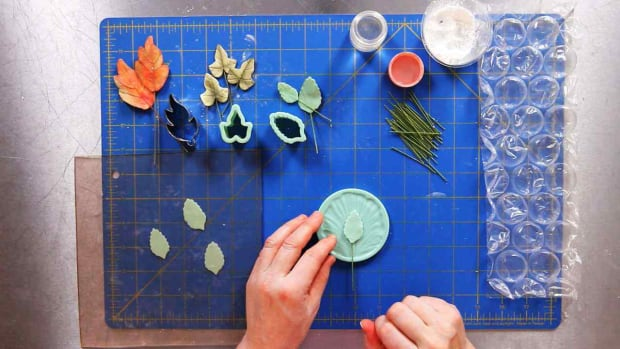 H. How to Make Sugar Paste Leaves Promo Image
