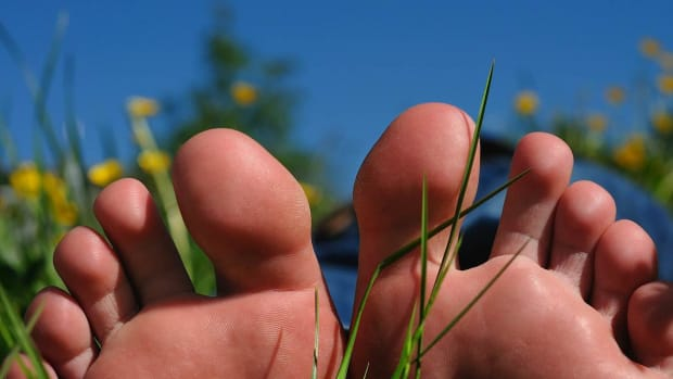 E. How to Avoid Toe Pain | Foot Care Promo Image