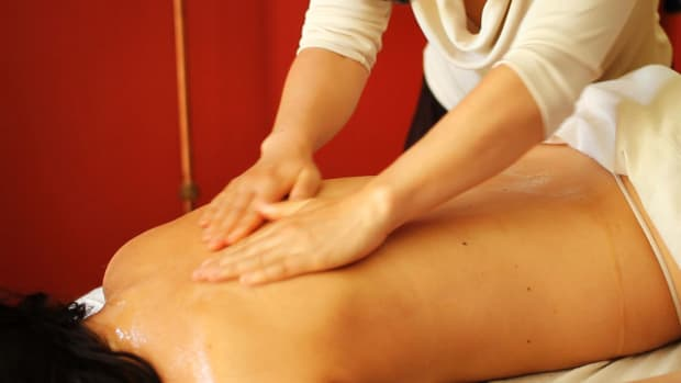 F. How to Prepare for an Ayurvedic Body Massage Promo Image