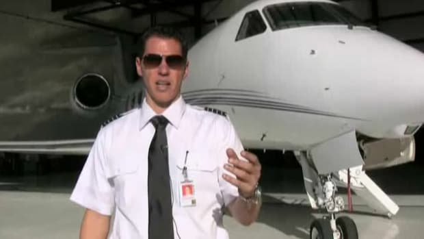 T. How to Become a Commercial Pilot Promo Image