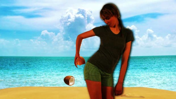 ZW. Health To Go: How to Tighten Your Tush While Traveling Promo Image