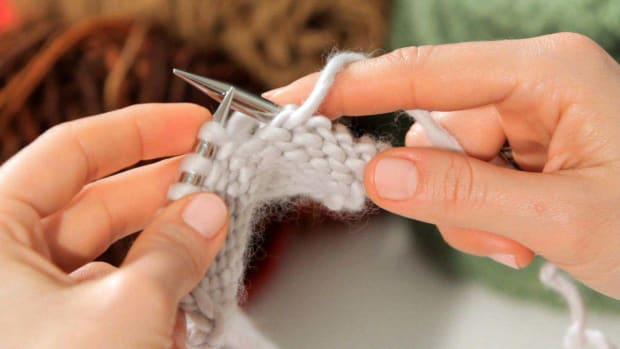 C. How to Do a Purl Stitch in Knitting Promo Image