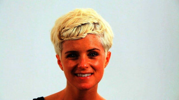 ZO. How to Do a Short Pixie Hairstyle for a Wedding Promo Image