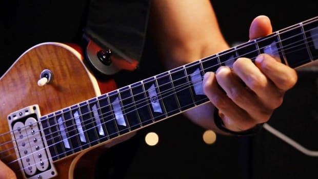 ZR. 4 Finger Vibrato Techniques on Heavy Metal Guitar Promo Image