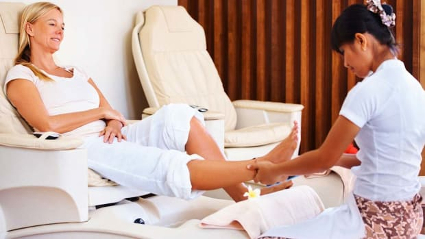 ZN. How to Have a Safe Pedicure | Foot Care Promo Image