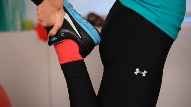 U. Why Does My Knee Hurt When I'm Sitting? Promo Image