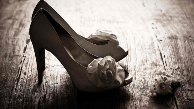 E. How to Pick the Perfect Shoes for Your Wedding Promo Image