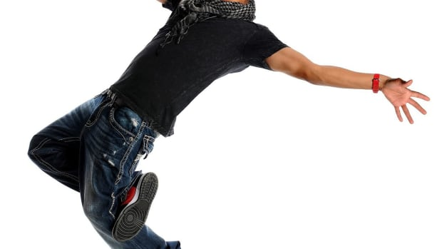 N. How to Hip-Hop Dance Just like Chris Brown Promo Image