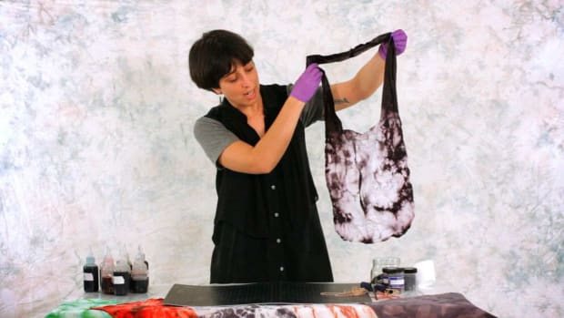 Y. How to Tie Dye a Tote Bag Promo Image