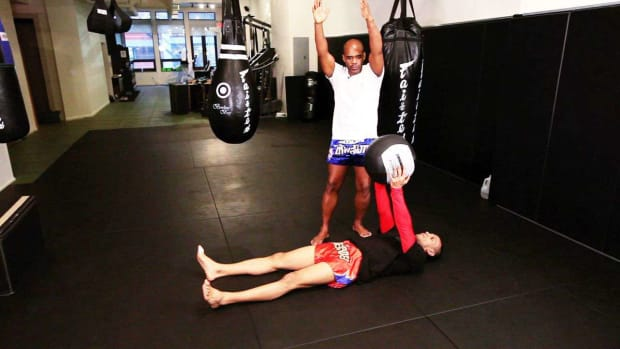 K. How to Do an Ab Workout for Muay Thai Kickboxing Promo Image