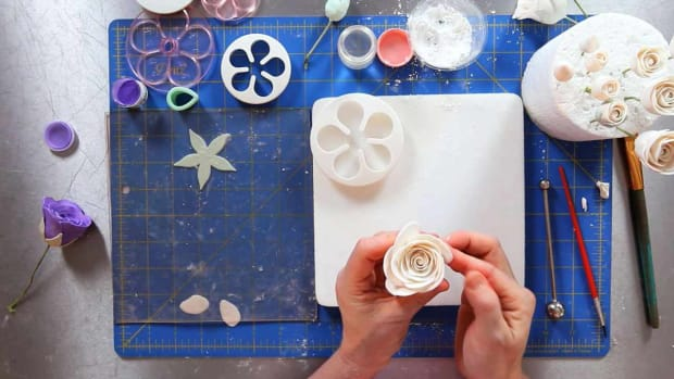 ZI. How to Add Outer Petals to a Rose Sugar Paste Flower Promo Image
