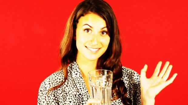 ZZP. Quick Tips: How to Clean Dirty Milk Glasses Promo Image