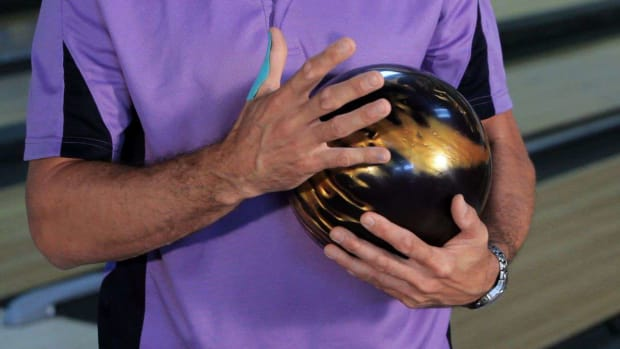 B. How to Choose a Bowling Ball Promo Image