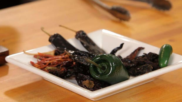 S. How to Use Dried Chilies Promo Image