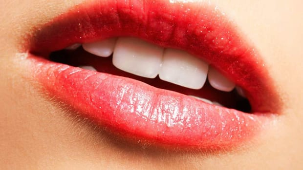 F. Best Natural Products for Dry Lips Promo Image