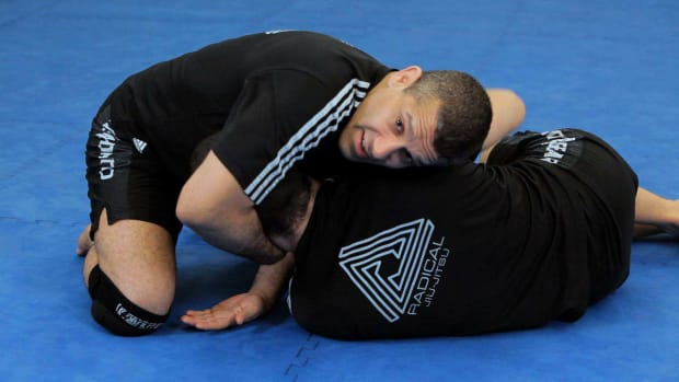 ZZG. How to Do a No-Arm Brabo or D'Arce Choke MMA Submission Promo Image