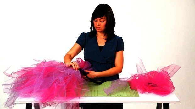 O. How to Tie the Tulle for No-Sew Ribbon & Tulle Tutu Promo Image