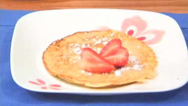 R. How to Make Dessert Crepes Promo Image