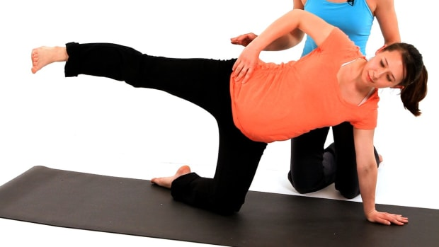 Q. How to Do SI Joint Dysfunction Exercises while Pregnant Promo Image