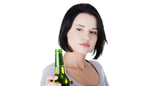 ZZ. Avoiding Drinking Triggers When You're Trying to Stay Sober Promo Image
