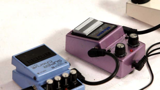 ZF. How to Create a Chorus Sound with a Tremolo Pedal Promo Image