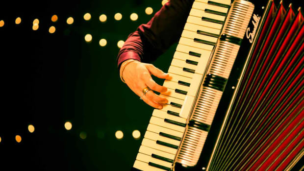 "R. How to Play the Melody of ""Jambalaya"" on the Accordion Promo Image"
