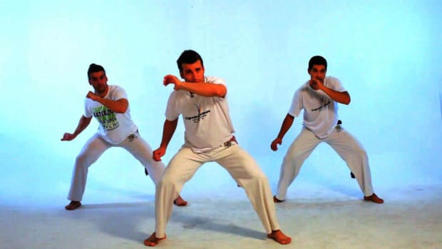 K. How to Do the Martelo in Capoeira Promo Image