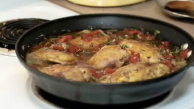 E. How to Make Chicken Cacciatore Promo Image