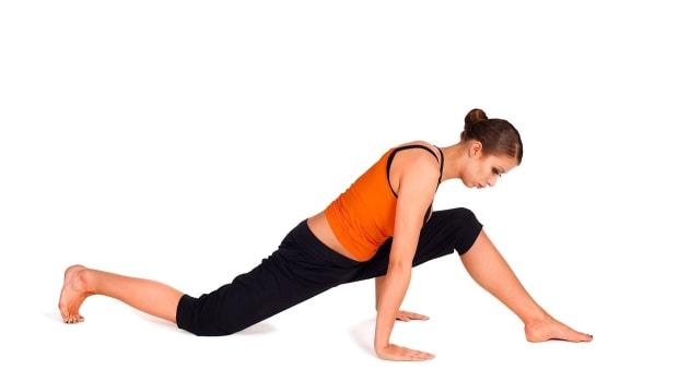 C. How to Do the Hip Flexor Stretch for Sexy Legs Workout Promo Image