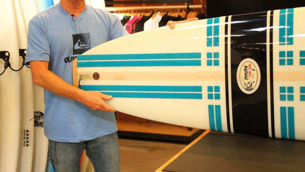 ZH. 4 Tips for Picking a Surfboard for Beginners Promo Image