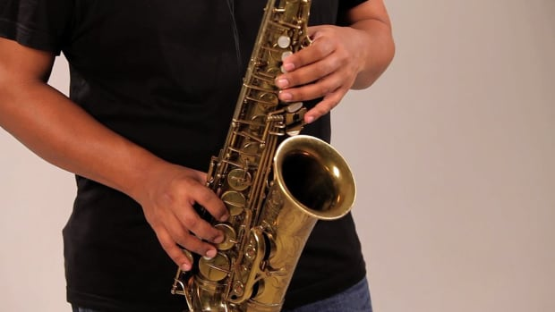 Q. How to Play the Chromatic Scale on a Saxophone Promo Image