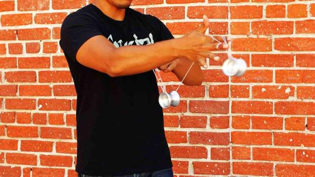 ZC. How to Do the Velvet Rolls Yo-Yo Trick Promo Image