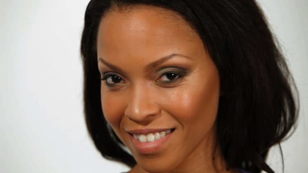 L. How to Apply Eye Shadow for Black Women Promo Image