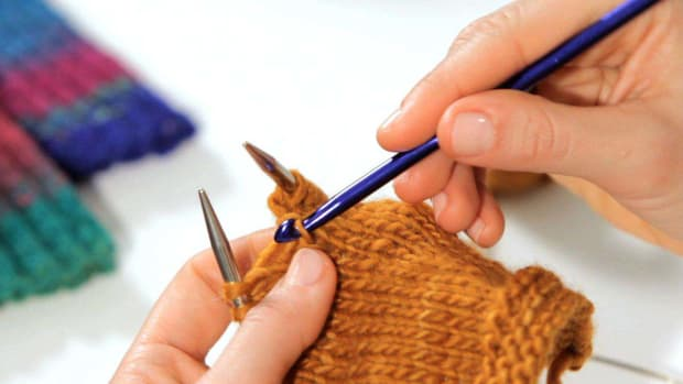 ZO. How to Fix a Dropped Stitch in Knitting Promo Image