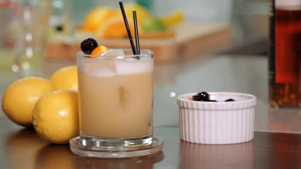 Q. How to Make a Whiskey Sour Promo Image