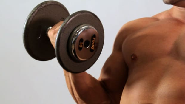 V. How to Do an Incline Dumbbell Bicep Curl for an Arm Workout Promo Image
