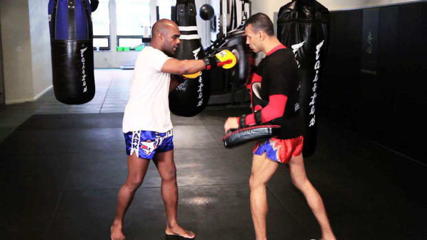 X. How to Do Muay Thai Kickboxing Combos Promo Image