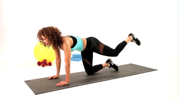 ZF. How to Do a Kneeling Hip Extension Promo Image