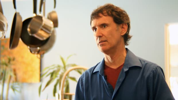 ZQ. How to Follow a Raw Food Diet with Expert Ron Russell Promo Image