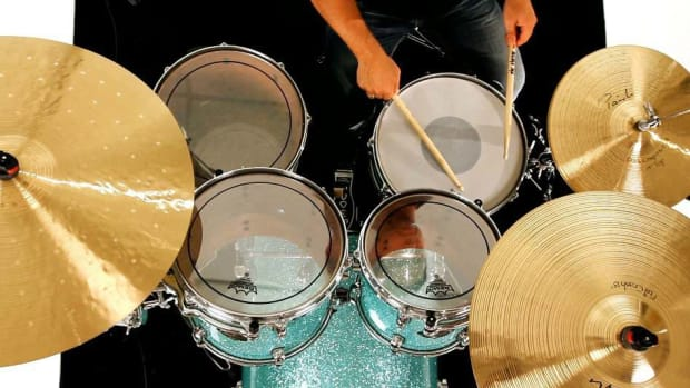 ZM. How to Play a Closed or Multiple Bounce Roll on the Drums Promo Image