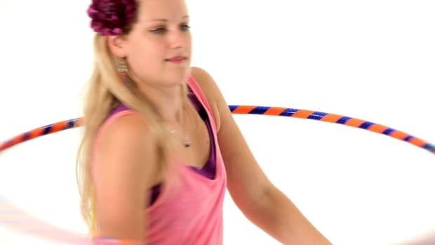 ZJ. How to Do a Hula Hoop Shimmy Promo Image