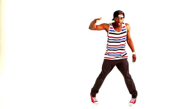 ZI. How to Do an Old Skool Kris Kross Hit Dance Move Promo Image