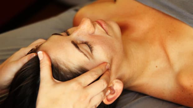 V. How to Deep Tissue Massage the Face Promo Image