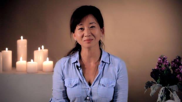 ZN. How to Do Head Massage w/ Judie Rhed Yim Promo Image