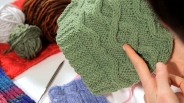 U. How to Do a Cable Stitch in Knitting Promo Image
