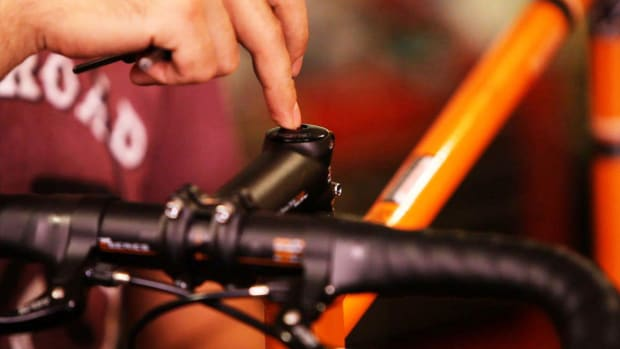 Q. How to Adjust a Threadless Headset on a Bike Promo Image
