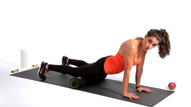 I. How to Foam Roll Your Quads Promo Image